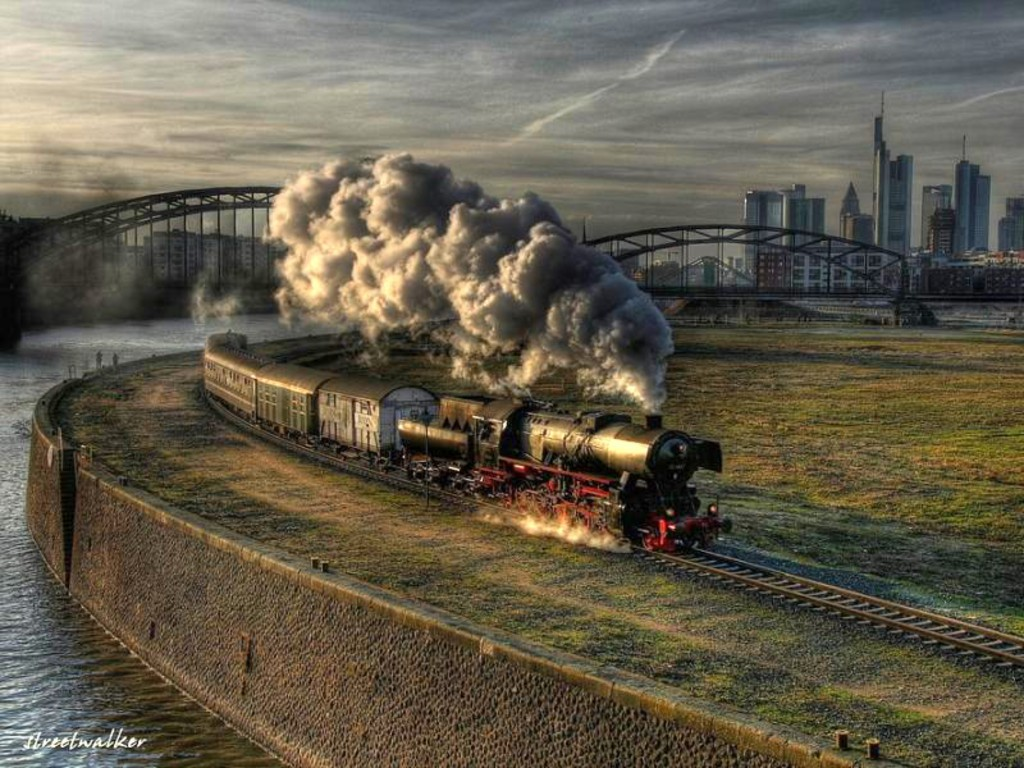 Awesome Train wallpaper 1024x768 34941 1024x768