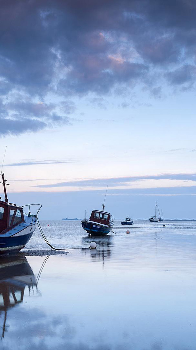 Free Download Fishing Boats On The Beach Iphone 6 Wallpapers