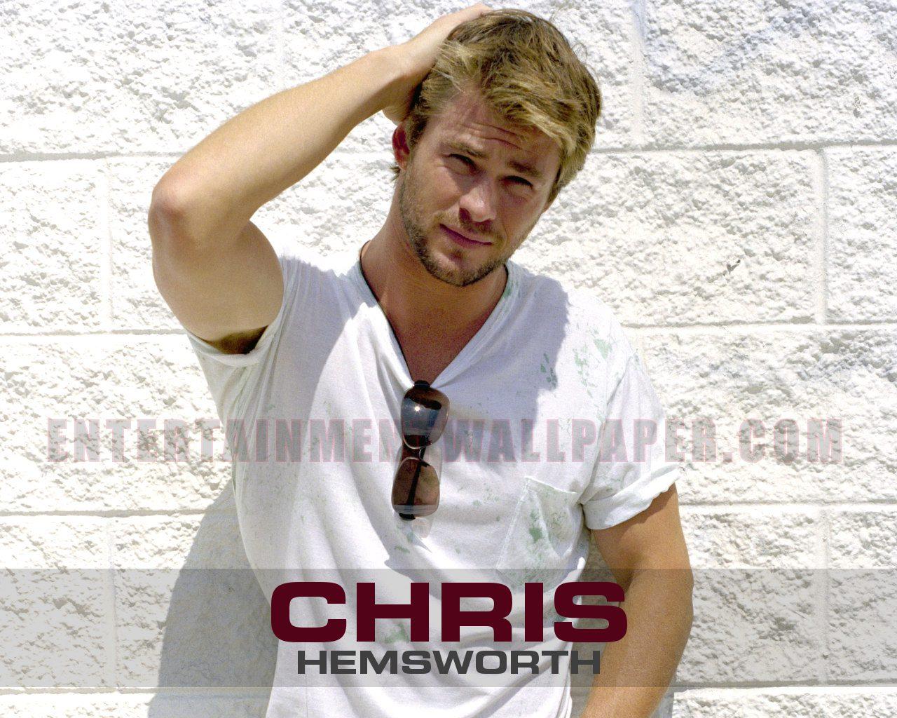 Chris Hemsworth   Chris Hemsworth Wallpaper 34510204 1280x1024