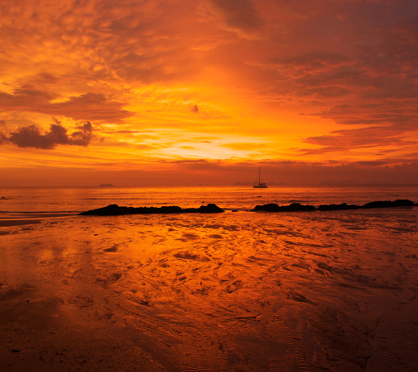 Andaman sunset 1440x1280 Screensaver wallpaper 1440x1280