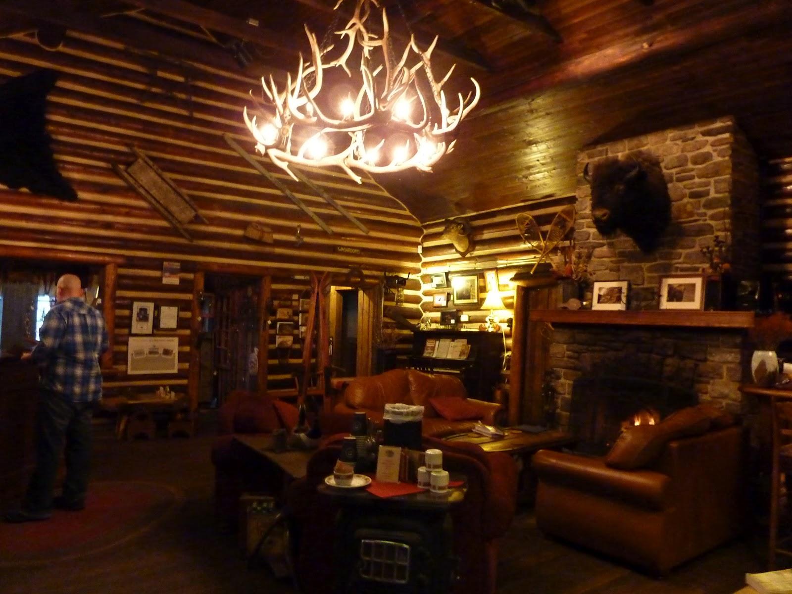 Rustic Log Wallpaper Wallpapersafari