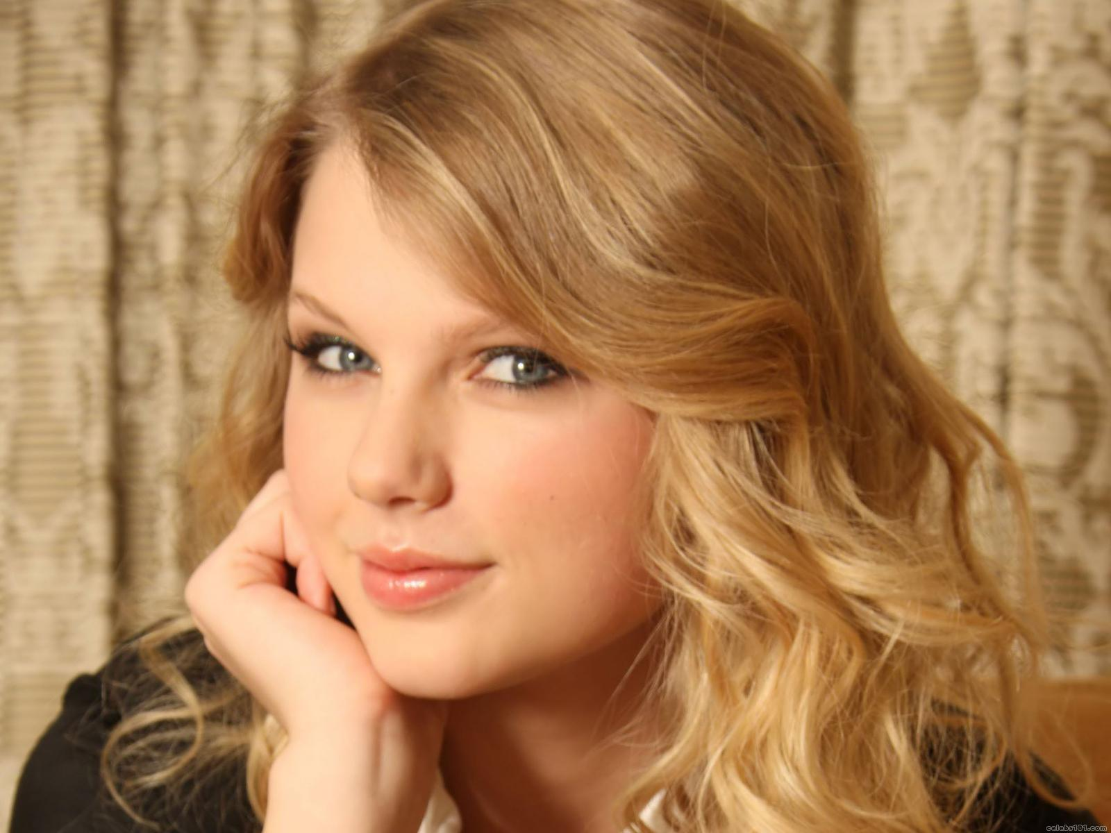 Hot HD Wallpaper Taylor Swift Wallpaper HD 1600x1200