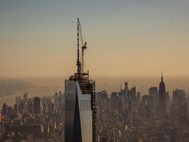 Unfinished freedom tower one world trade center wallpaper 65515 640x480