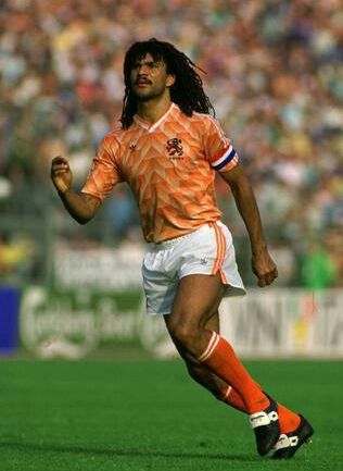 Ruud Gullit of Holland in action at Euro 88 Wallpapers 316x433