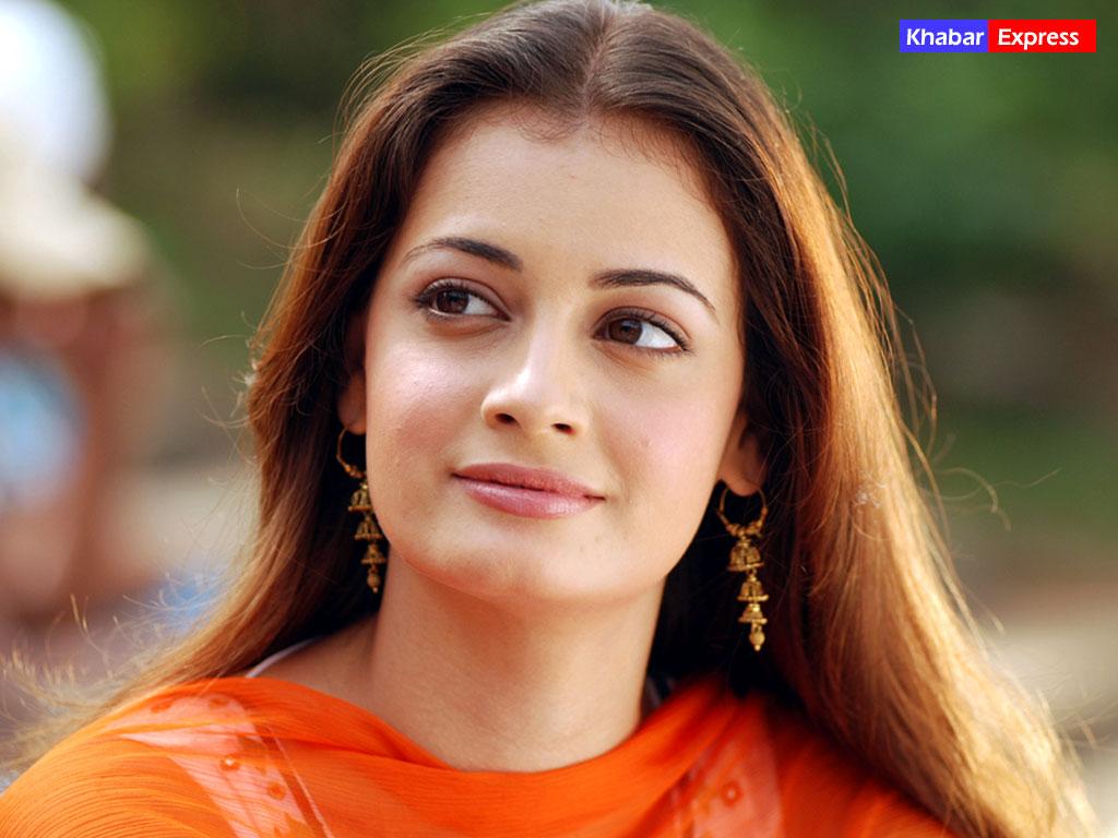 National Wallpaper Bollywood Actress Wallpaper khabarexpresscom 1024x768