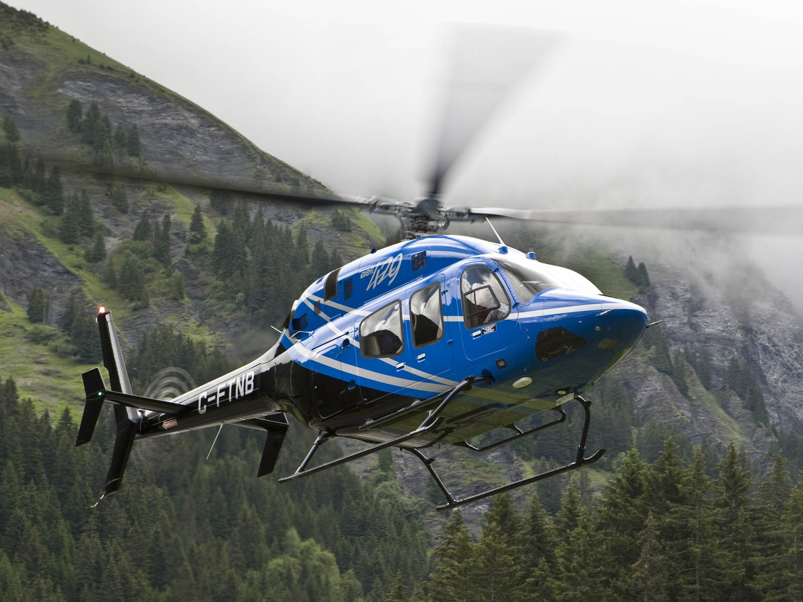 Bell 429 GlobalRanger Helicopter Wallpapers Images Paos Pictures 1600x1200
