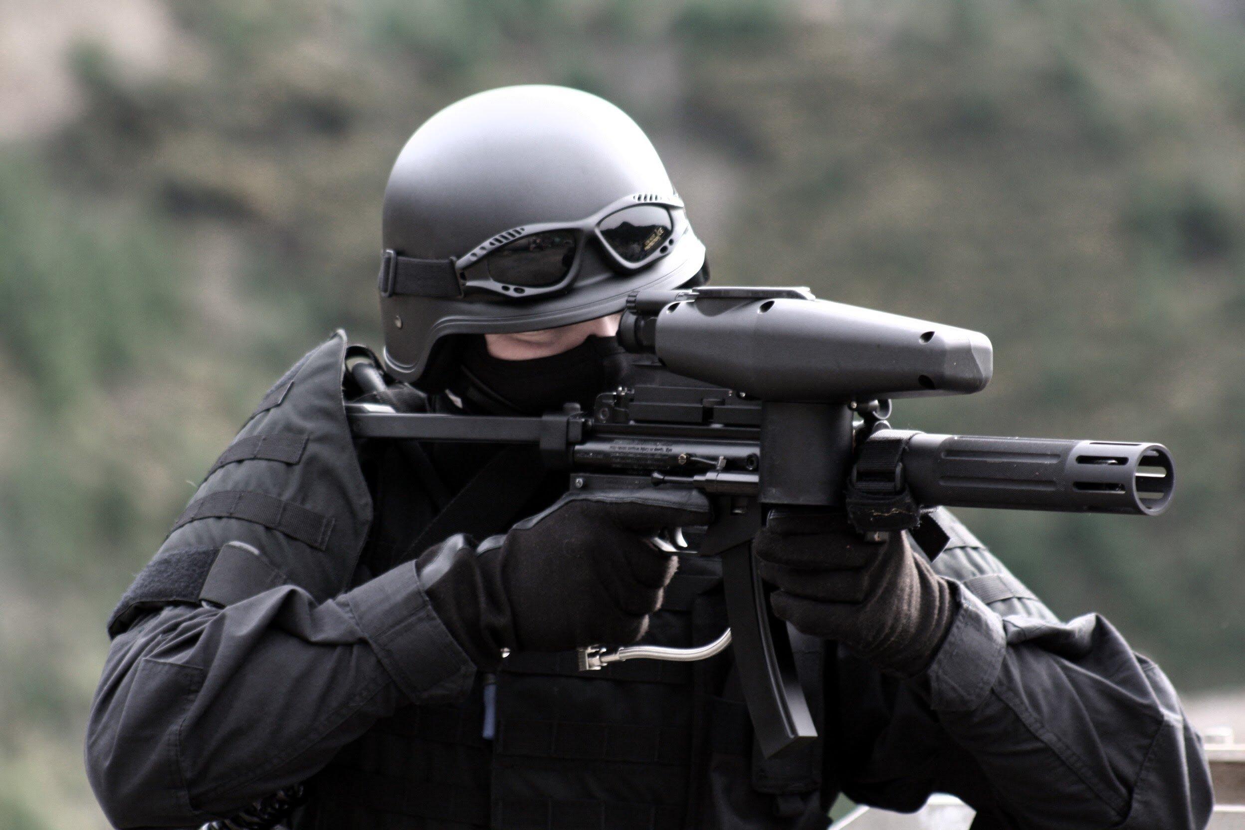 SWAT TEAM police crime emergency weapon gun wallpaper background 2496x1664