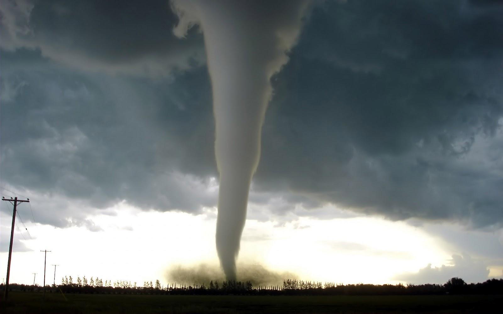 Tornado Achtergronden HD Wallpapers 1600x1000