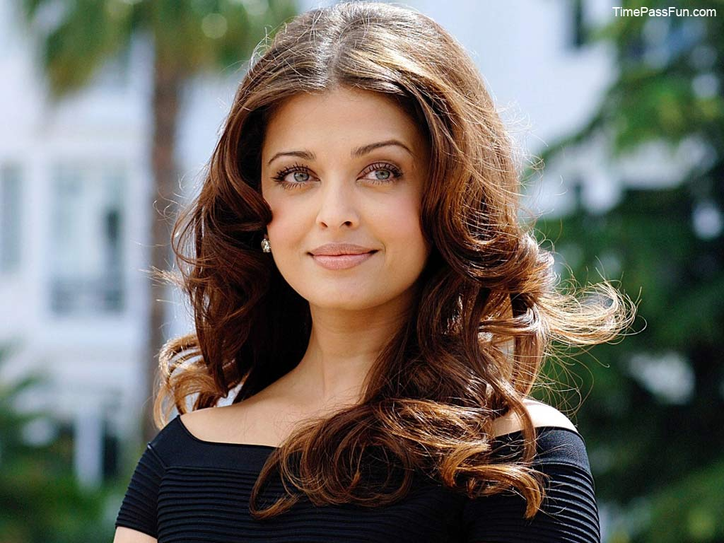 She is coming back in bollwoood with her upcoming movie Jajba 2015 1024x768