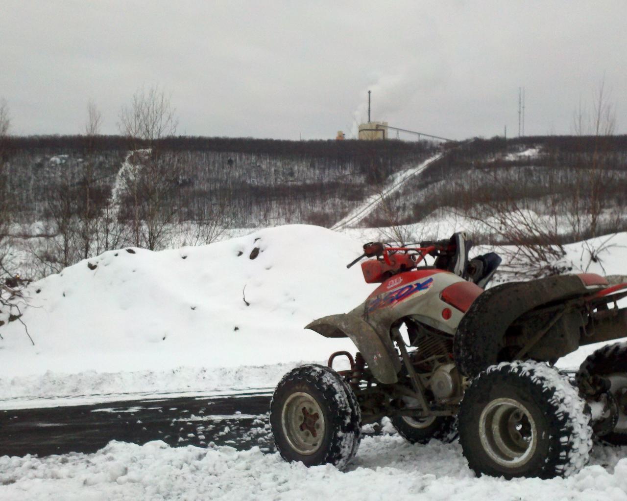 Landscapes snow honda quad bike four wheeler wallpaper 38932 1280x1024