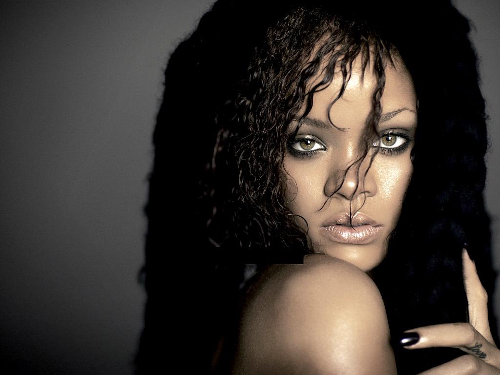 Lovely Rihanna Wallpaper   Rihanna Wallpaper 26513090 1024x768