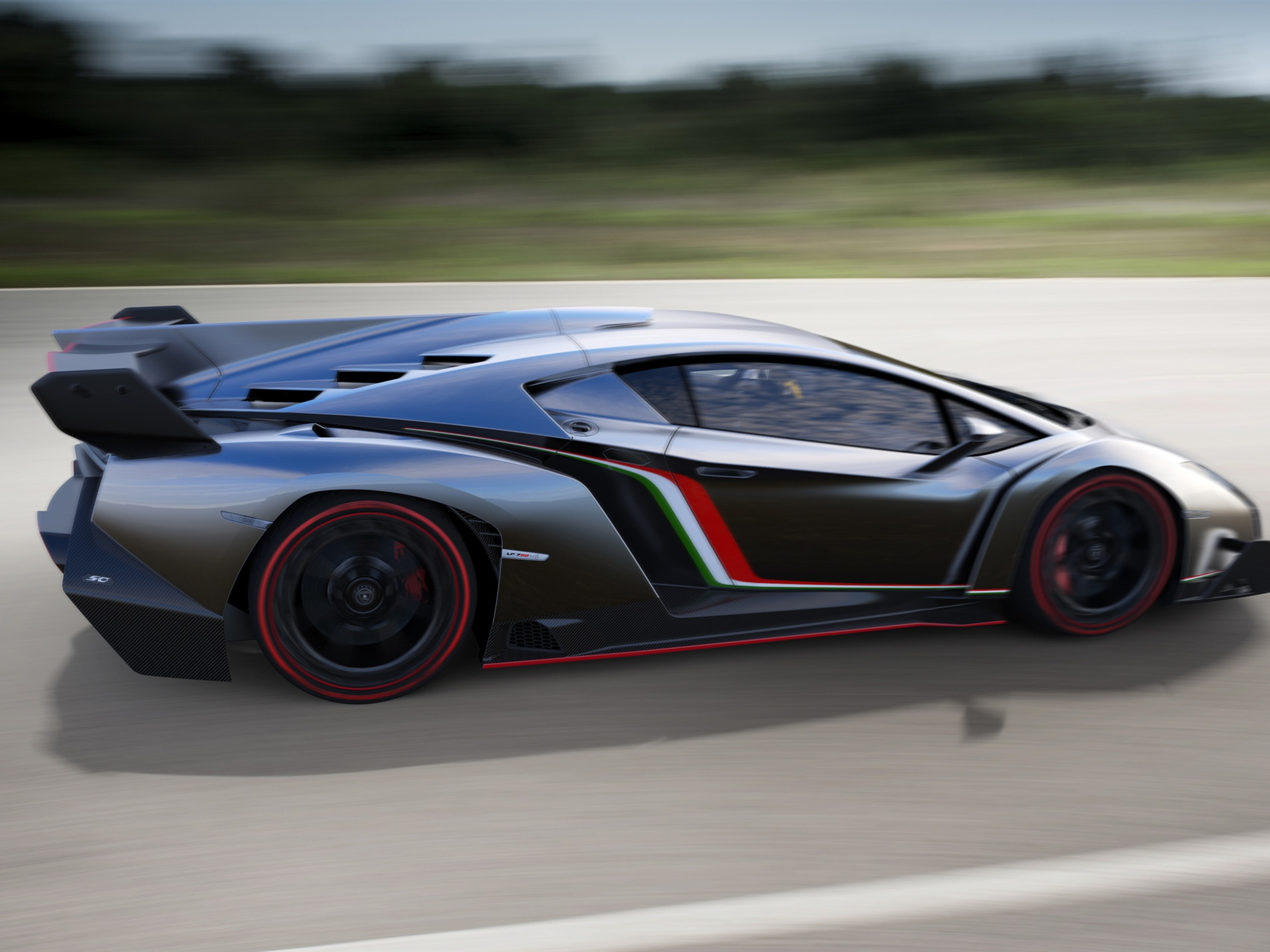 2013 lamborghini veneno very cool car wallpaper 1600x1200 Car Pictures 1920x1440