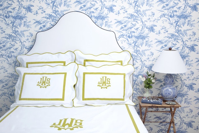 Blue Toile Wallpaper Is By Sherwin Williams And Removable 640x427