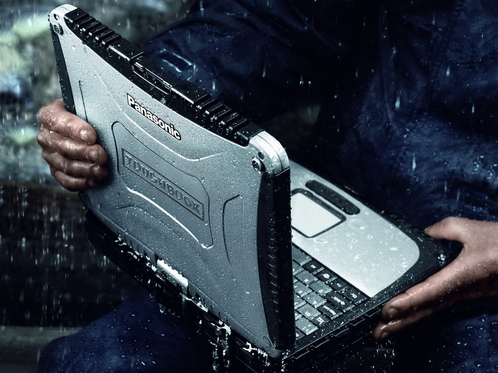 Panasonic 101 Zoll Toughbook CF 19 Mk5 nun mit Core i5 2520M 1600x1200