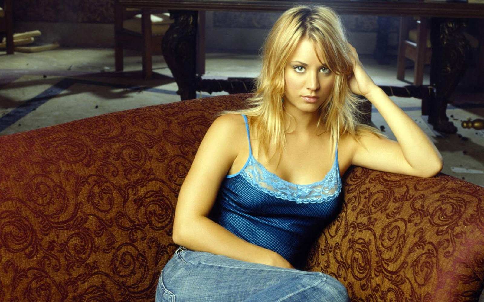 Wallpaper Kaley Cuoco Top Class Beautiful Women 1600x1000