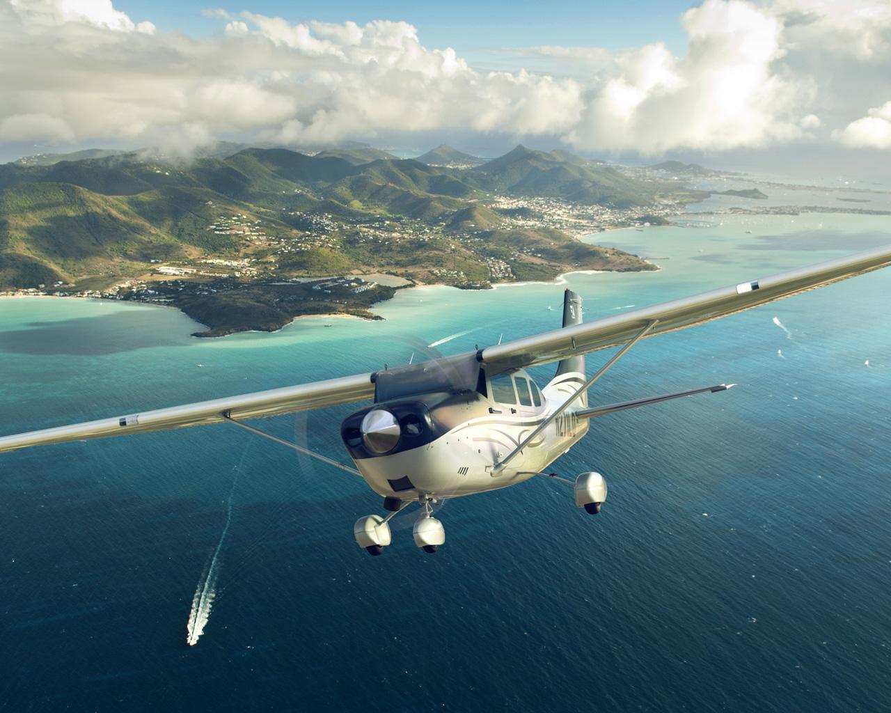 Niedra Aviation   Florida Flight Training Academy Clearwater St 1280x1024