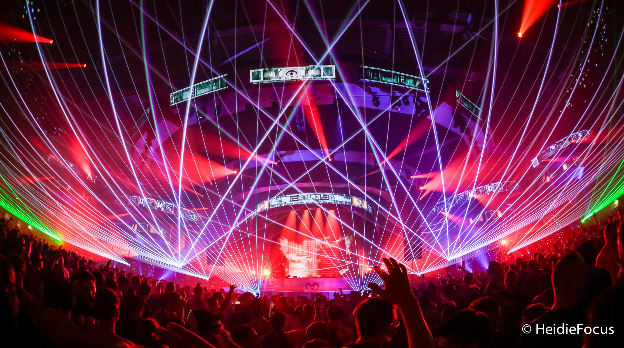 Eye candy 40 photos of beautiful EDM festival stage designs 2048x1144