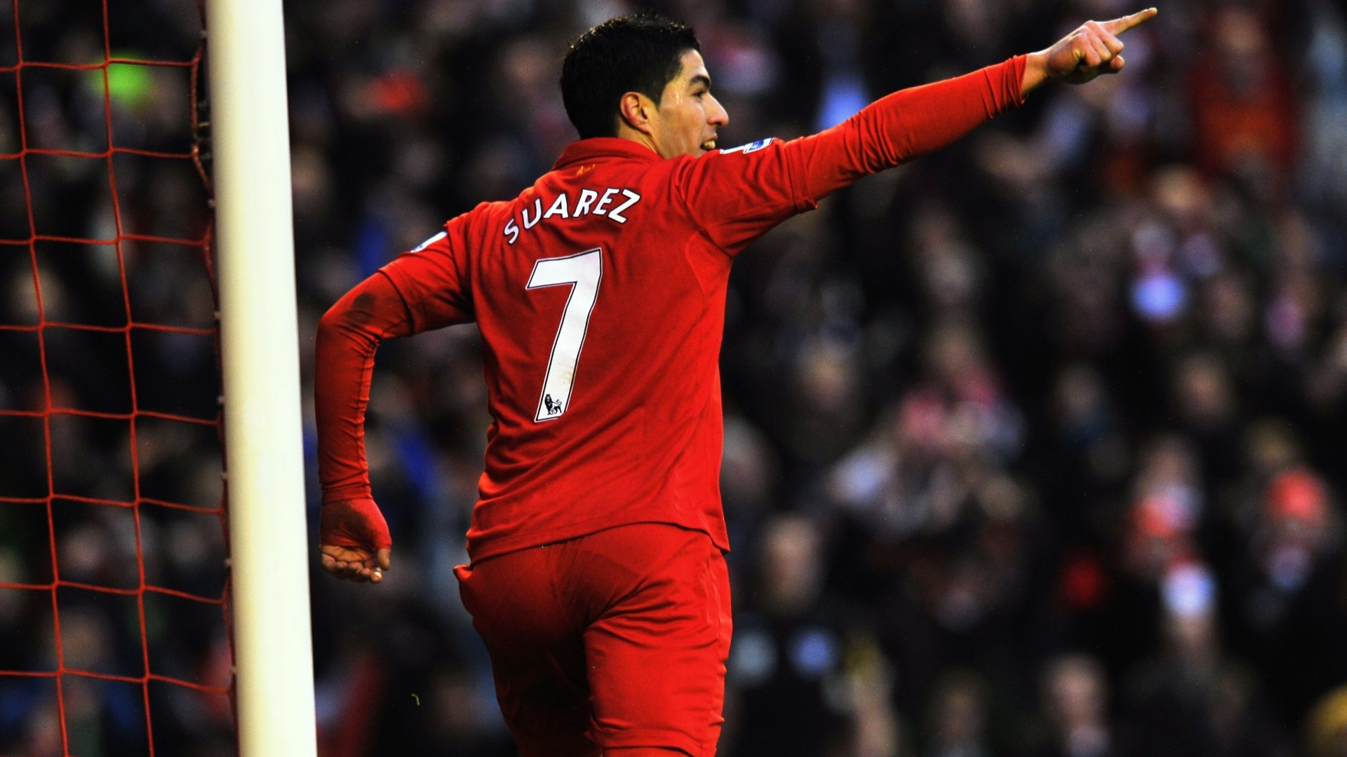 The football player of Liverpool Luis Suarez wallpapers and images 1920x1080