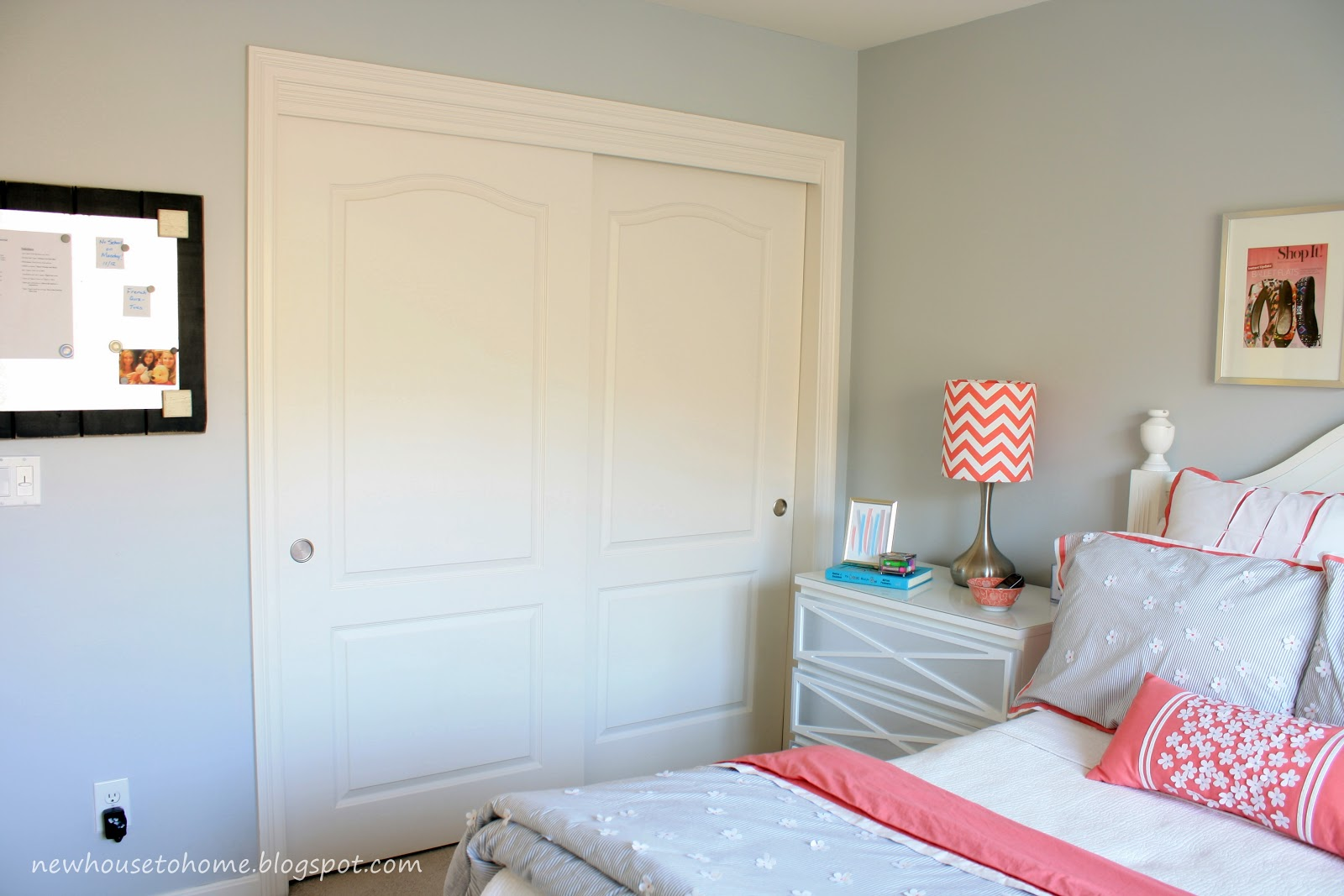 Bold Splashes Of Color For Teen Girls Room Paint Ideas 1600x1067