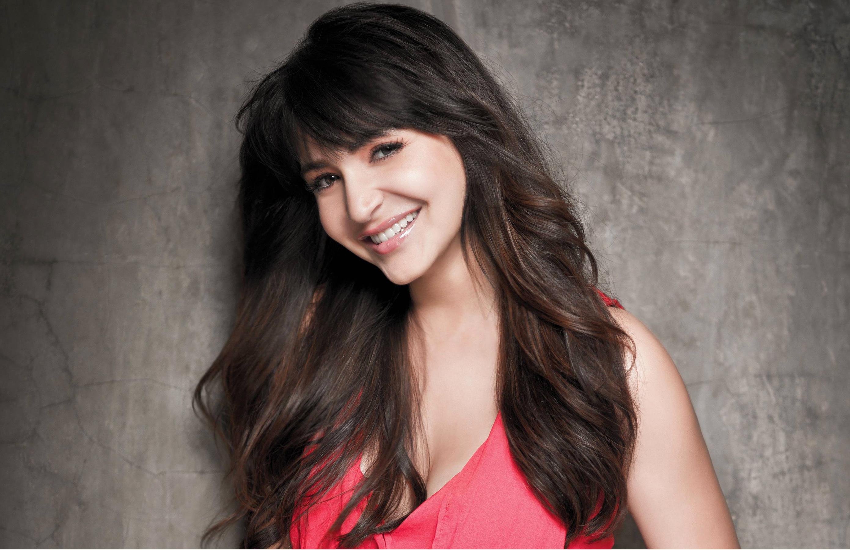Most Beautiful Bollywood Actresses 2014   Anushka Sharma 2782x1802