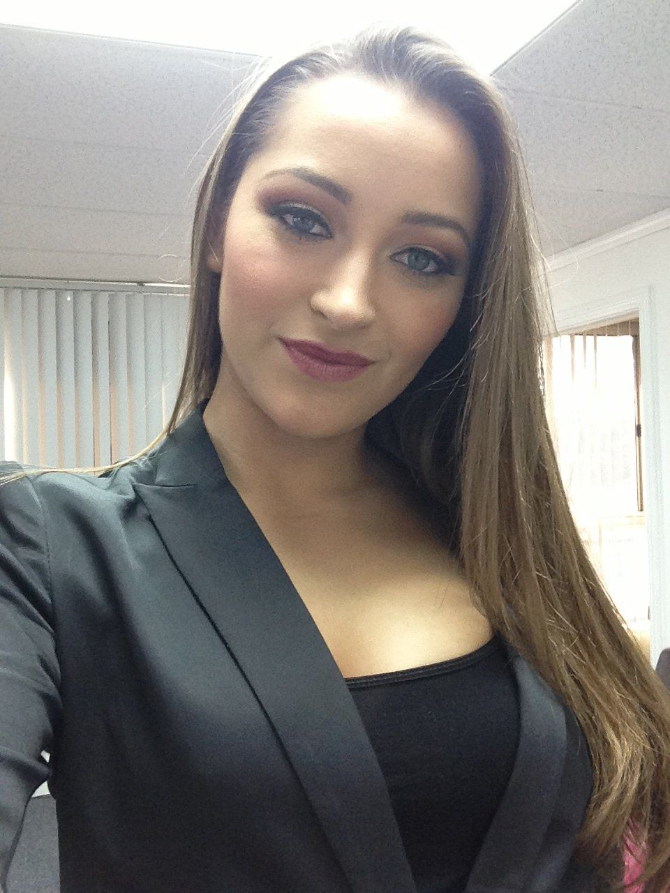 Dani Daniels Wallpaper download 52   cerc ugorg 960x1280