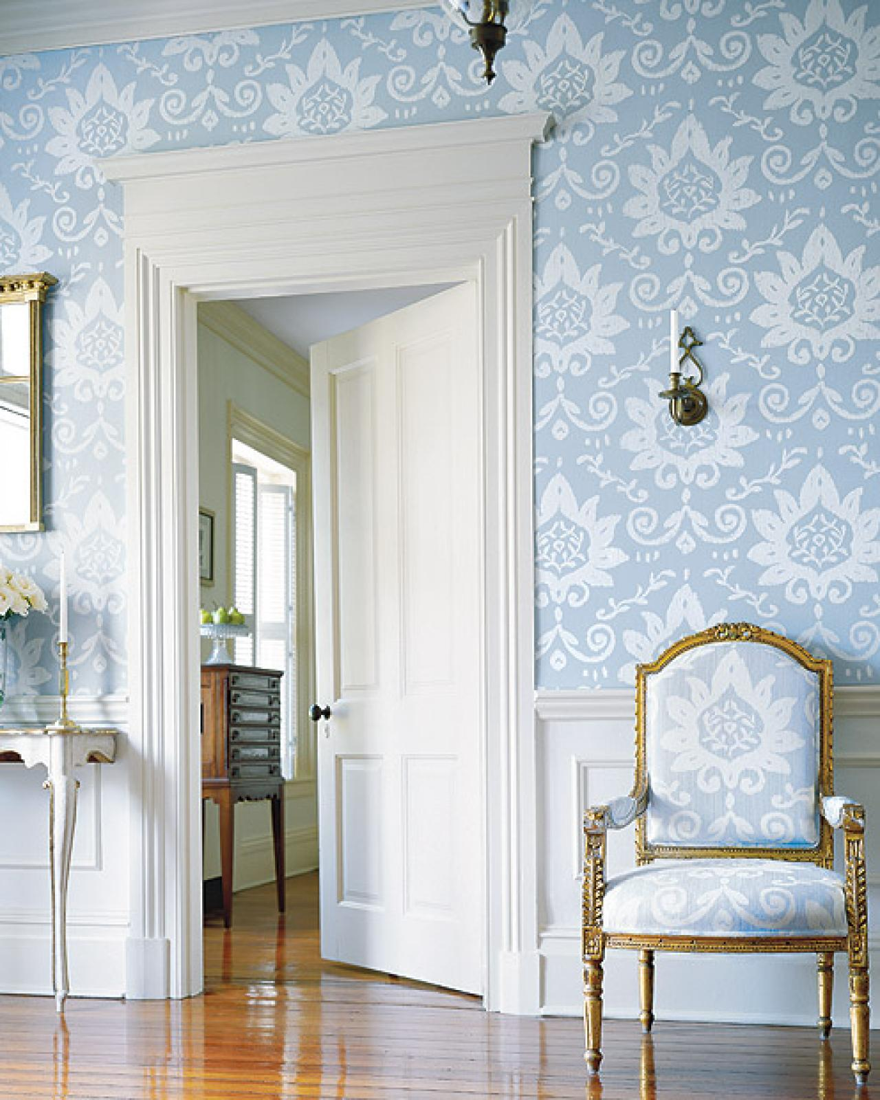 How to Decorate With Wallpaper HGTV 1280x1600
