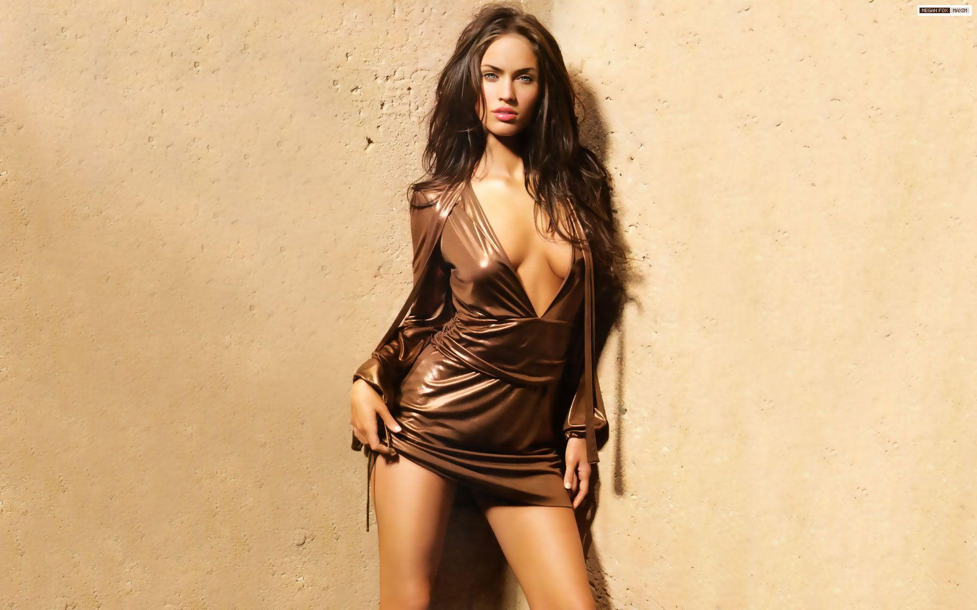 Megan Fox Hot 1920x1200
