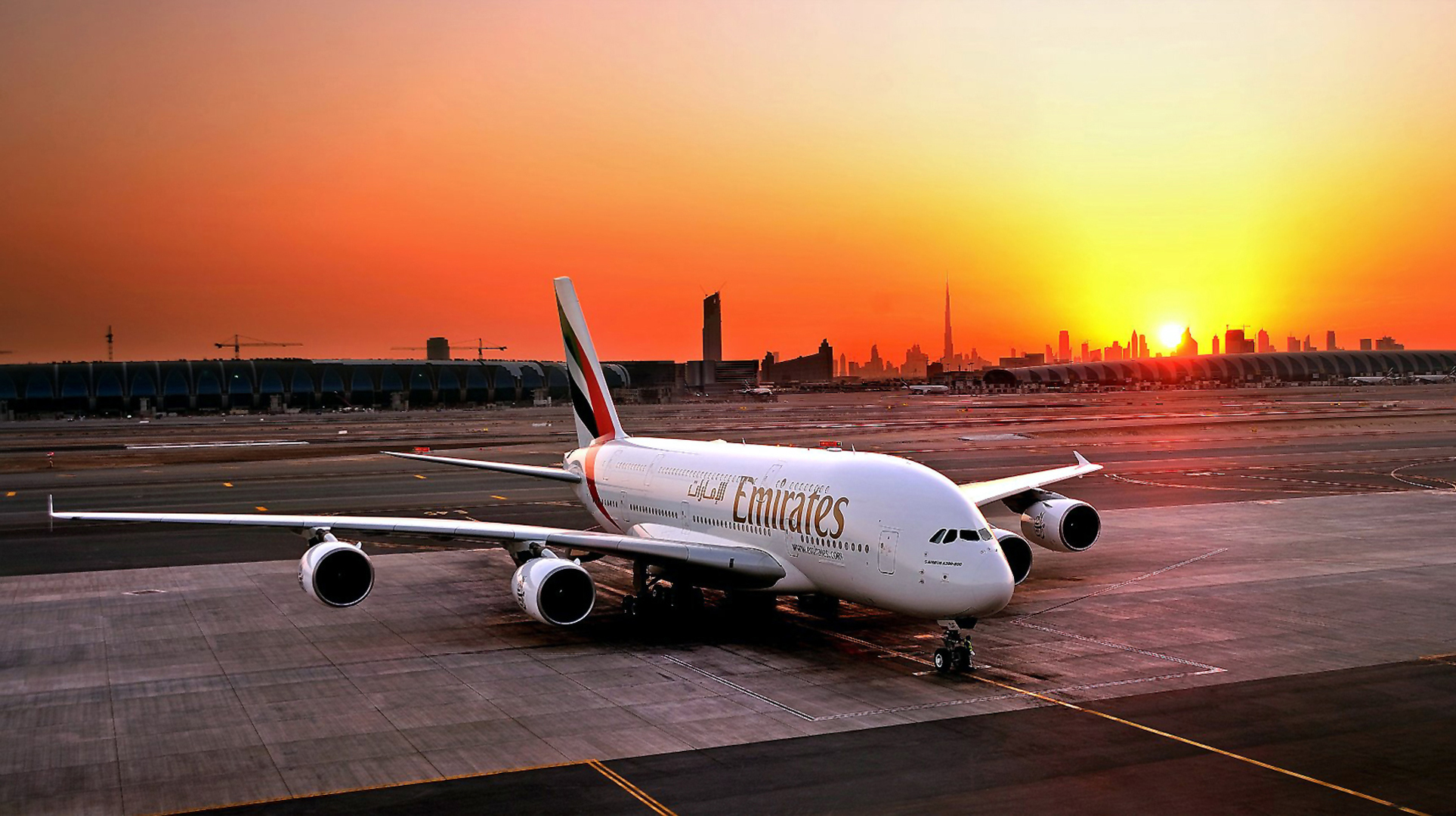 Wallpaper of Airbus A380 Emirates Airline 1927x1080