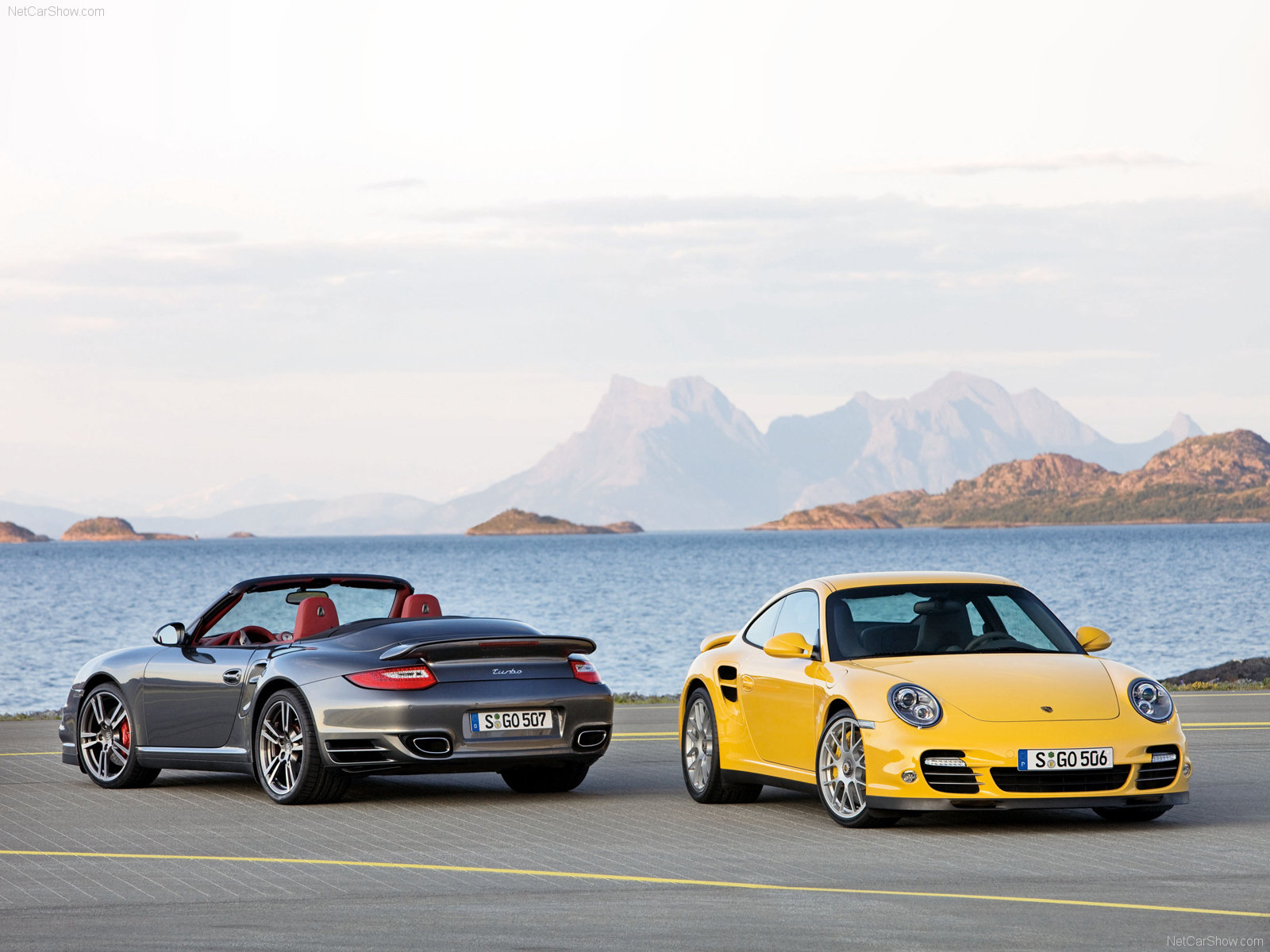2010 Yellow Porsche 911 Turbo Wallpaper Front angle side view 1600x1200