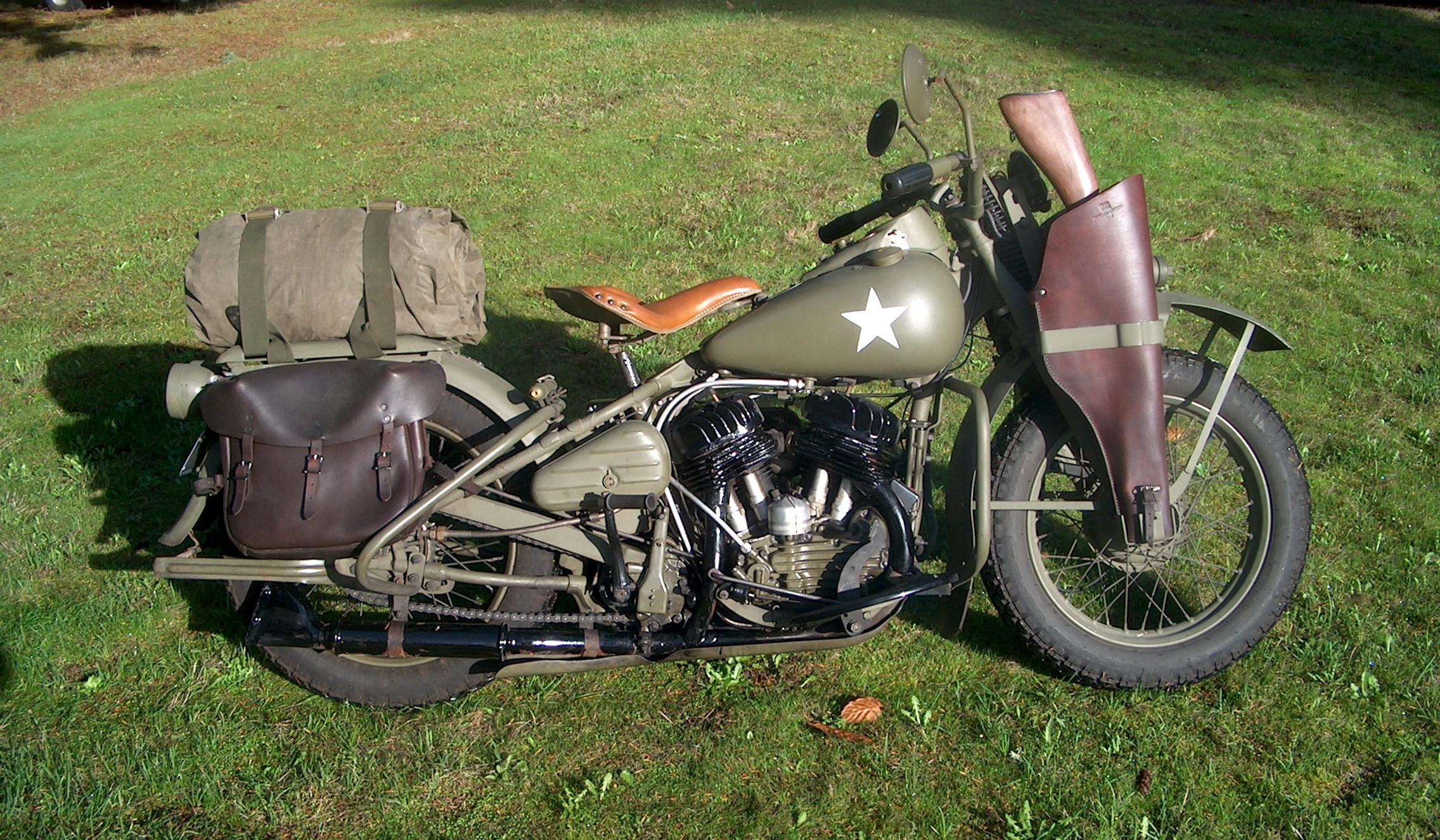 1942 Harley Davidson WLA Military Type VII retro wallpaper 2272x1326
