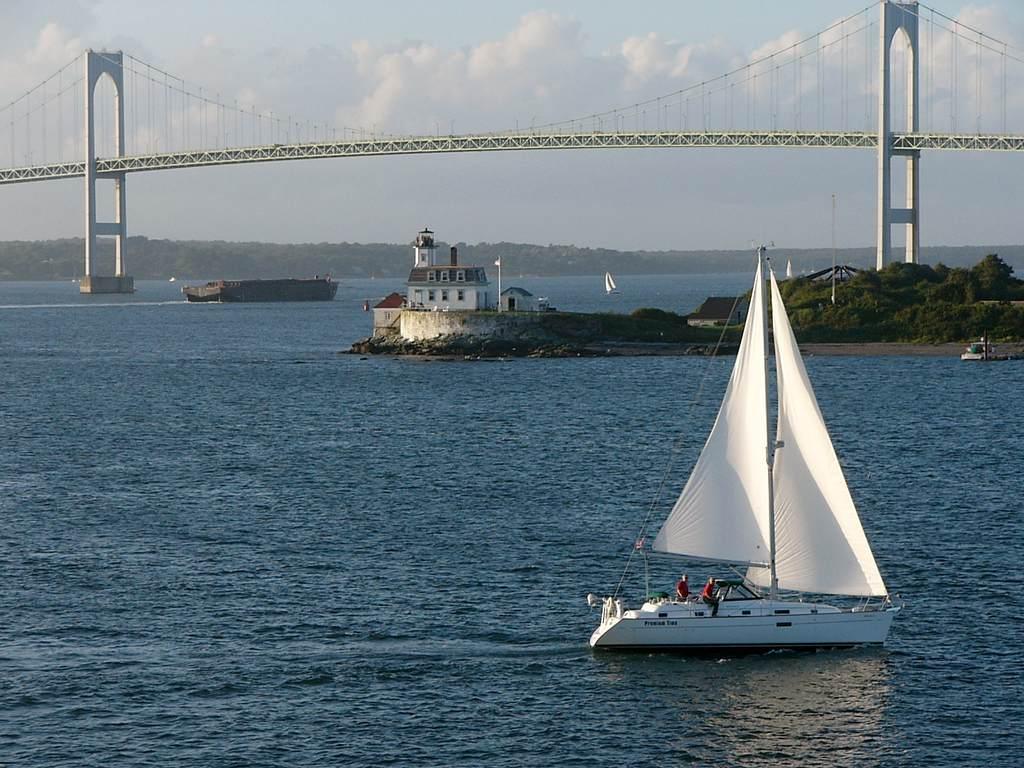 Rhode island foreclosures 1024x768