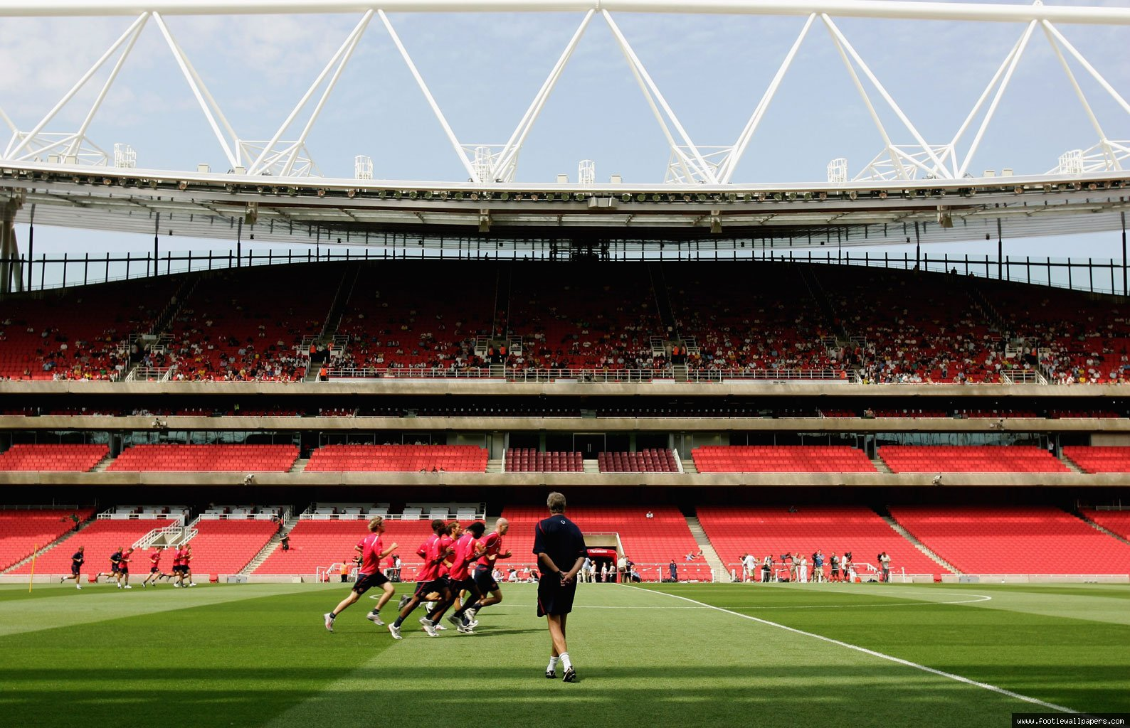 Emirates Stadium HD desktop wallpaper Stadium wallpapers 1588x1024