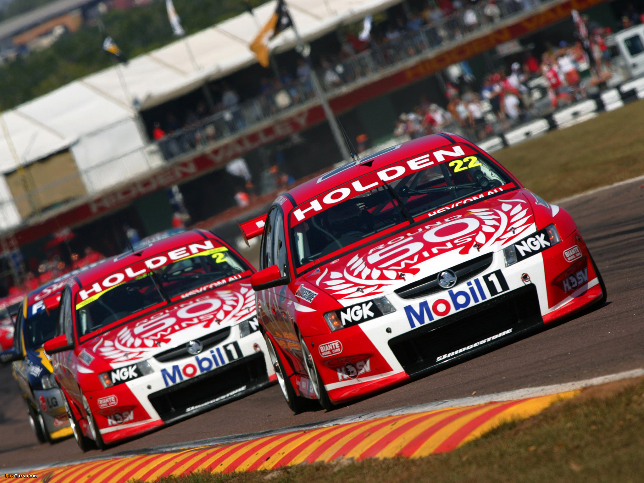 Holden VZ Commodore V8 Supercar 200506 wallpapers 2048 x 1536 2048x1536
