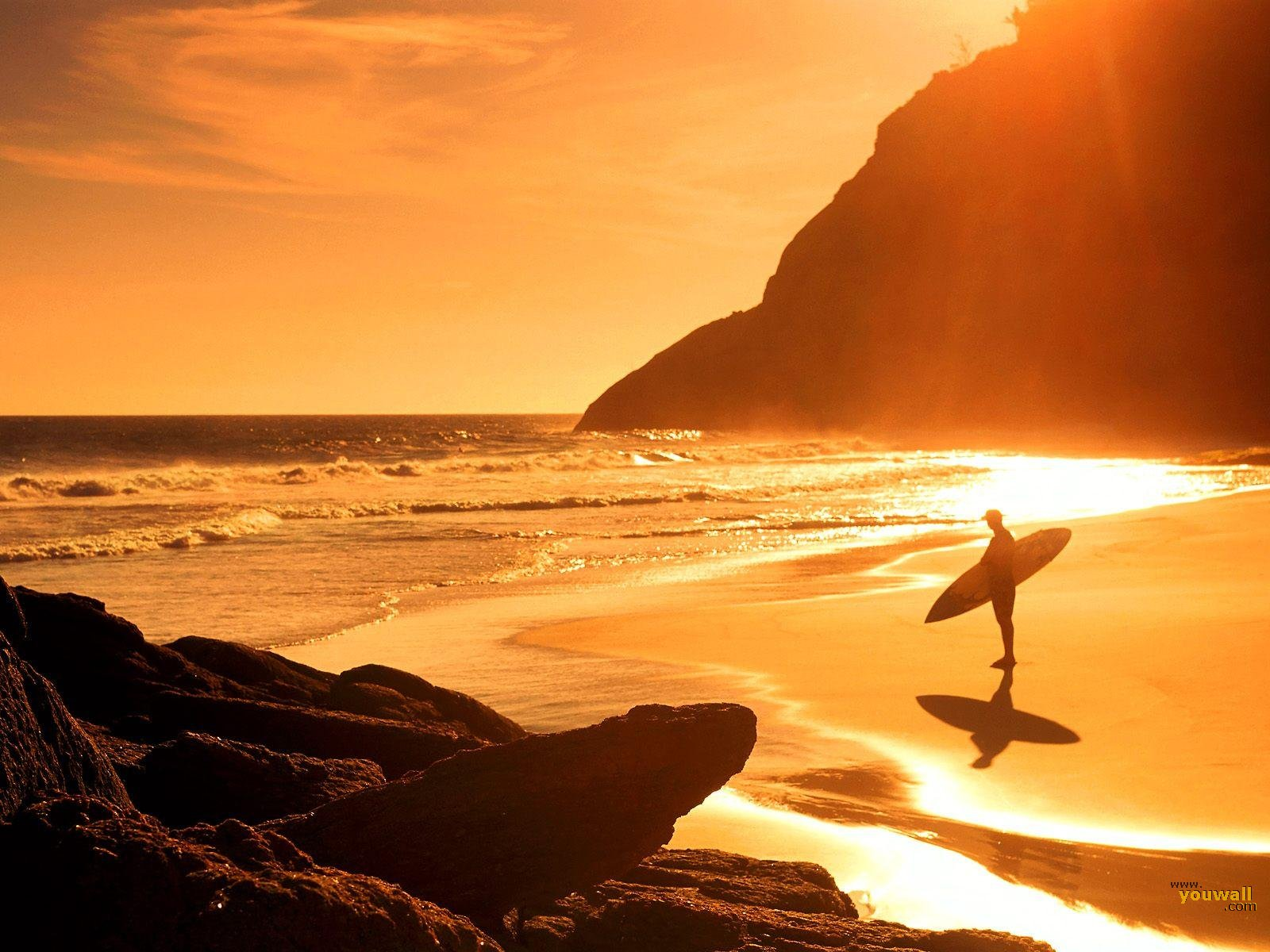 Download Beach Sunset Surf hd Wallpaper in high resolution for 1600x1200