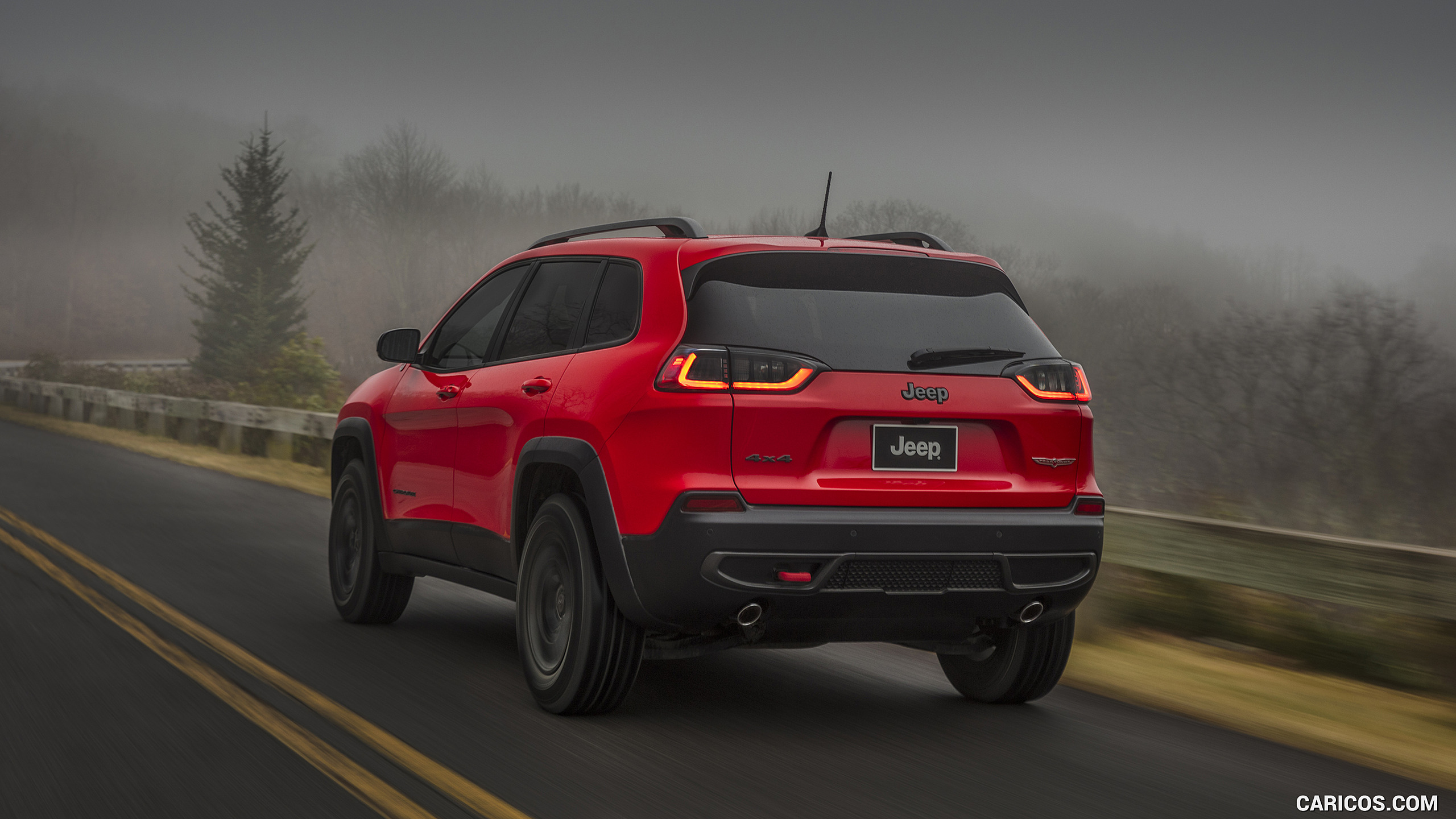 2019 Jeep Cherokee Trailhawk   Rear Three Quarter HD Wallpaper 2 2560x1440
