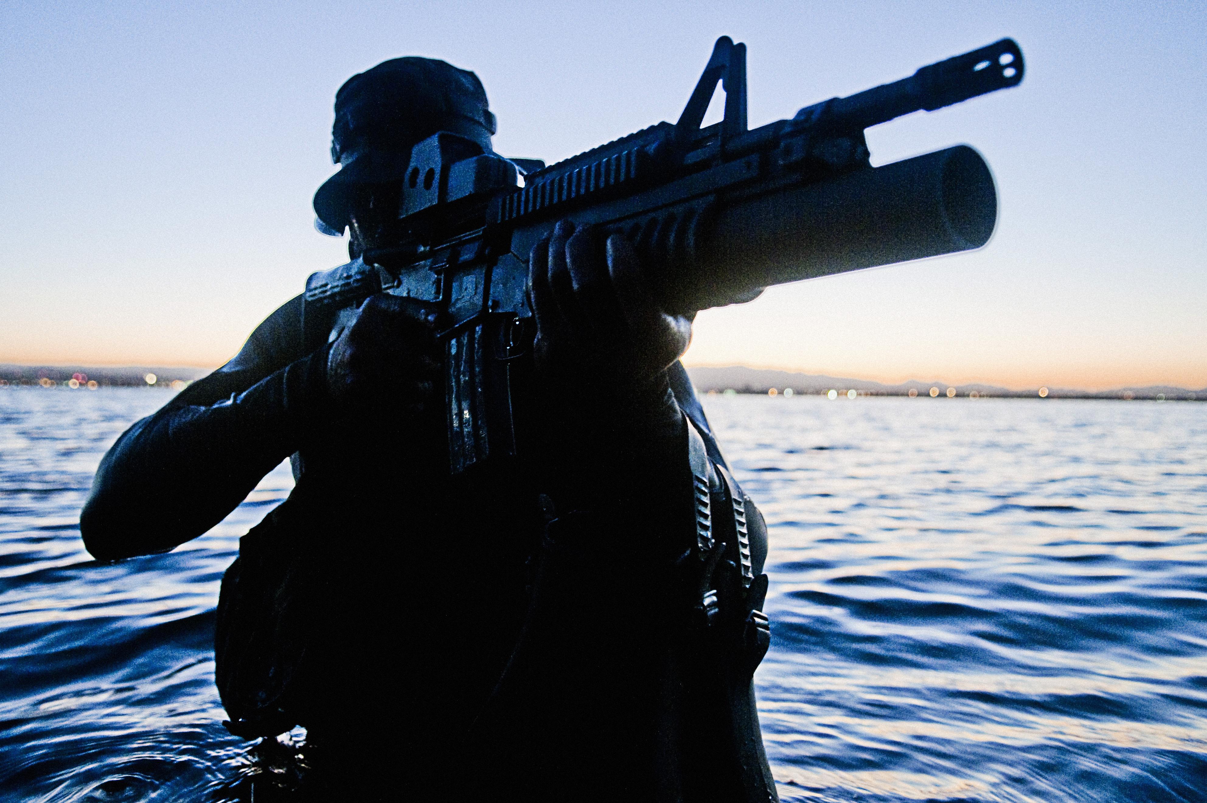 commonswikimediaorgwikiFileUnited States Navy SEALs 290jpg 3968x2640