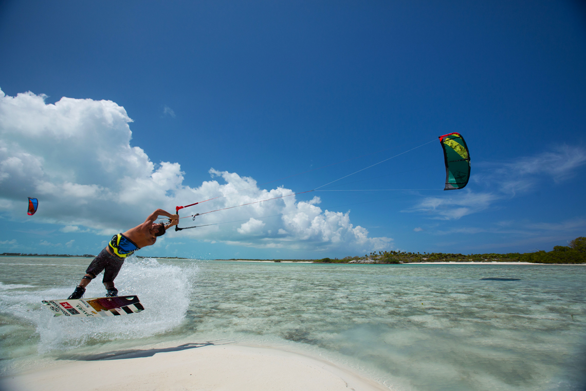 Best Kiteboarding wallpapers 1140x760