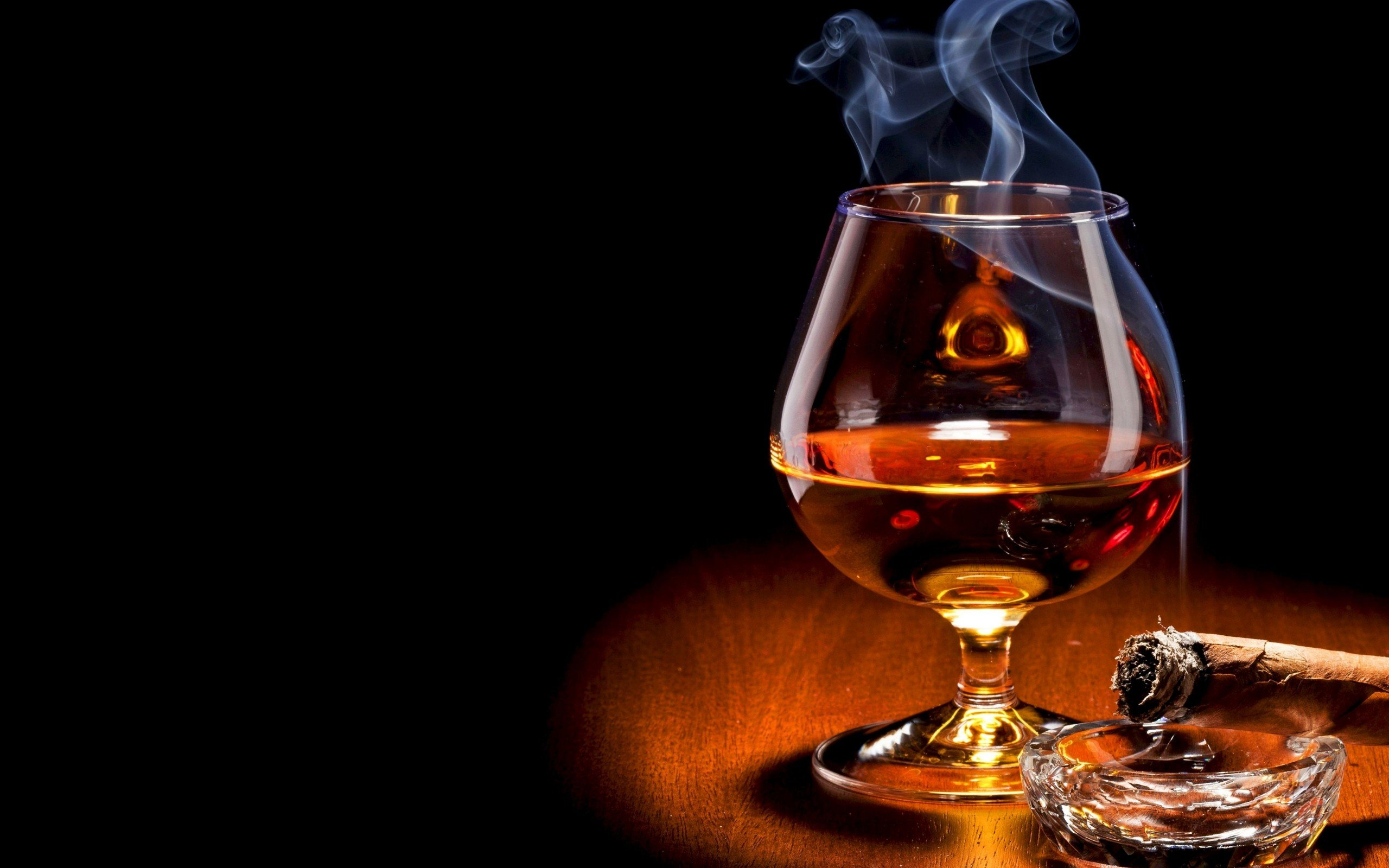 whiskey wallpaper background 2560x1600