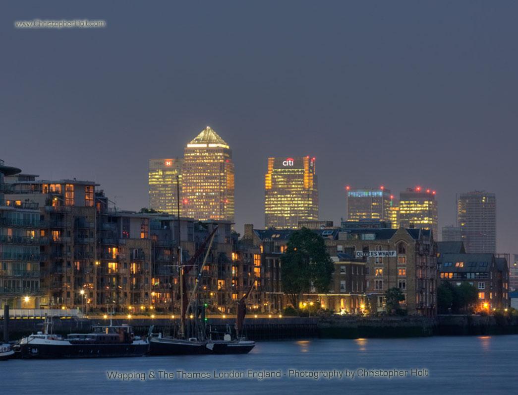 london wallpaper by uk photographer Christopher Holt 1045x796