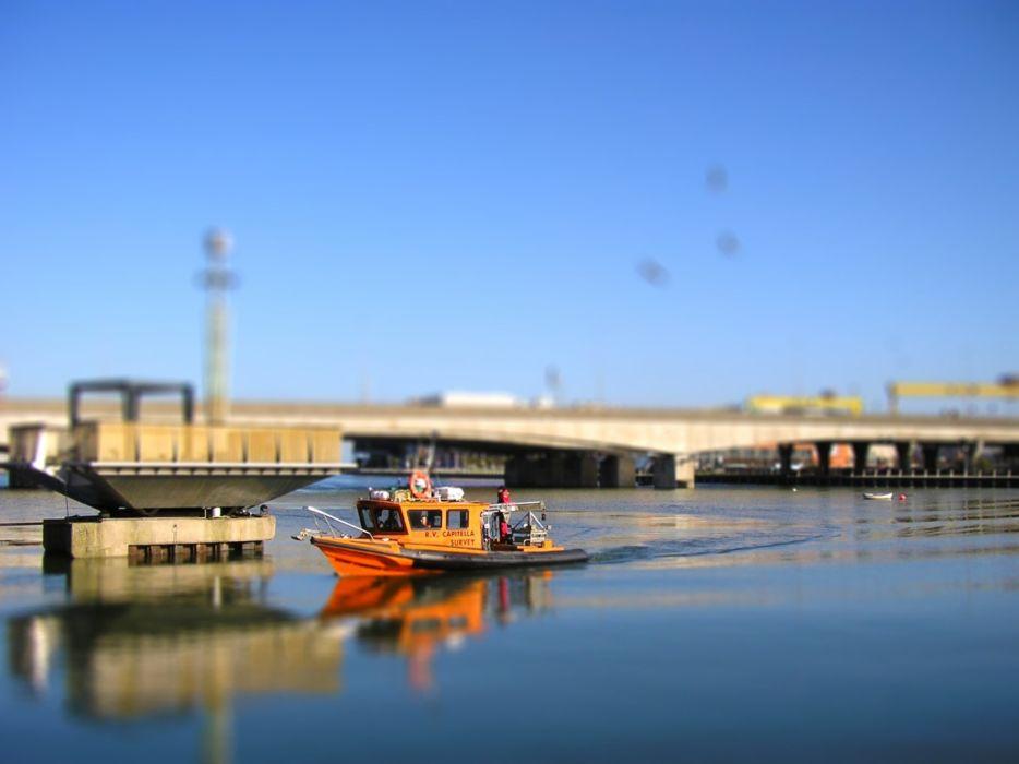 Water ships bridges tilt shift Belfast wallpaper 1920x1440 934x700