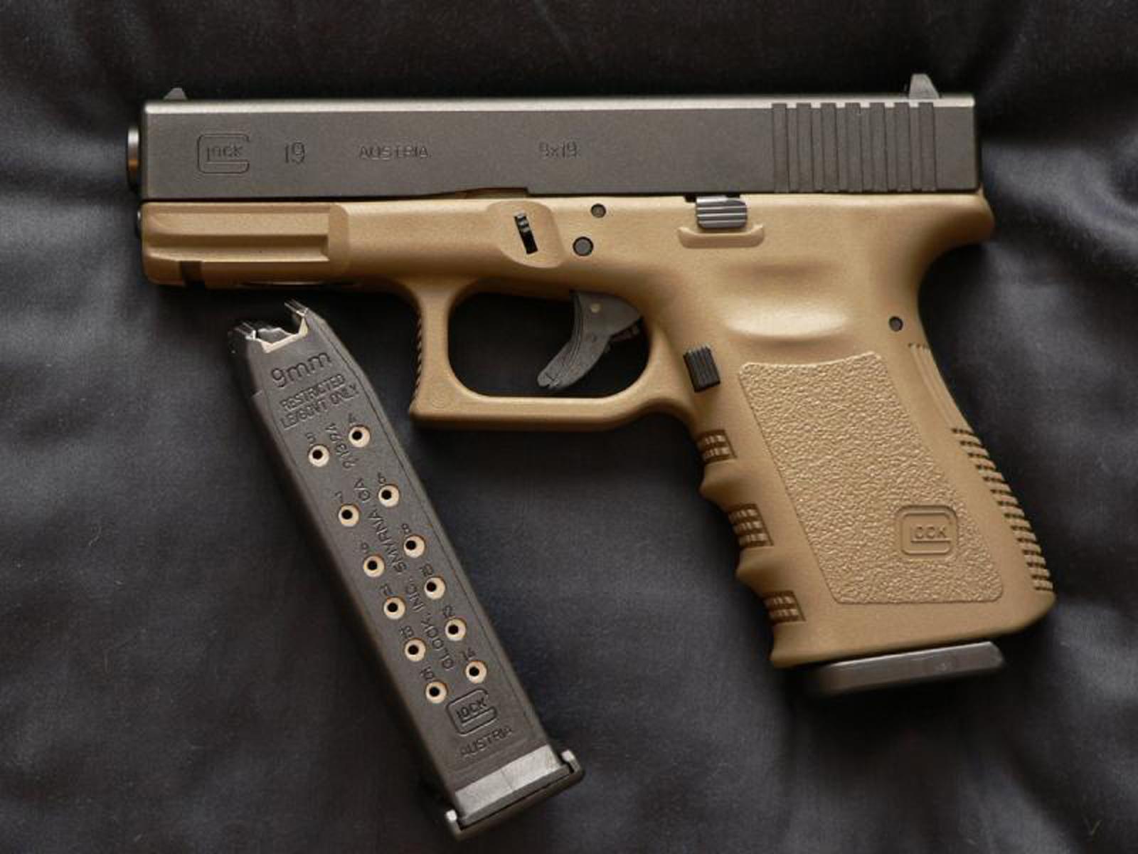 Glock 19 Wallpaper Desktop - WallpaperSafari