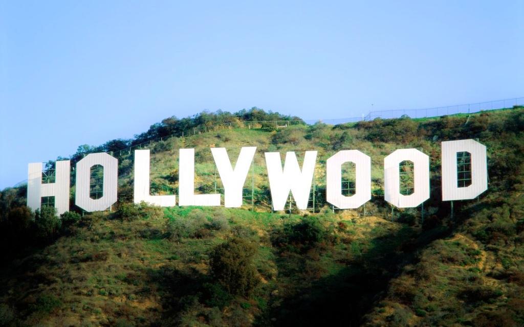Hollywood Hills Los Angeles La Summer Hd Wallpaper Wallpaper Photo 1024x640