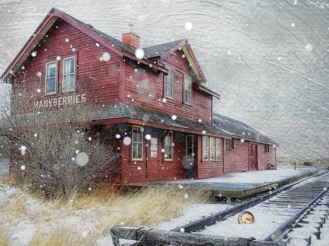 Snow style Train watch station wallpapers and images   wallpapers 640x480