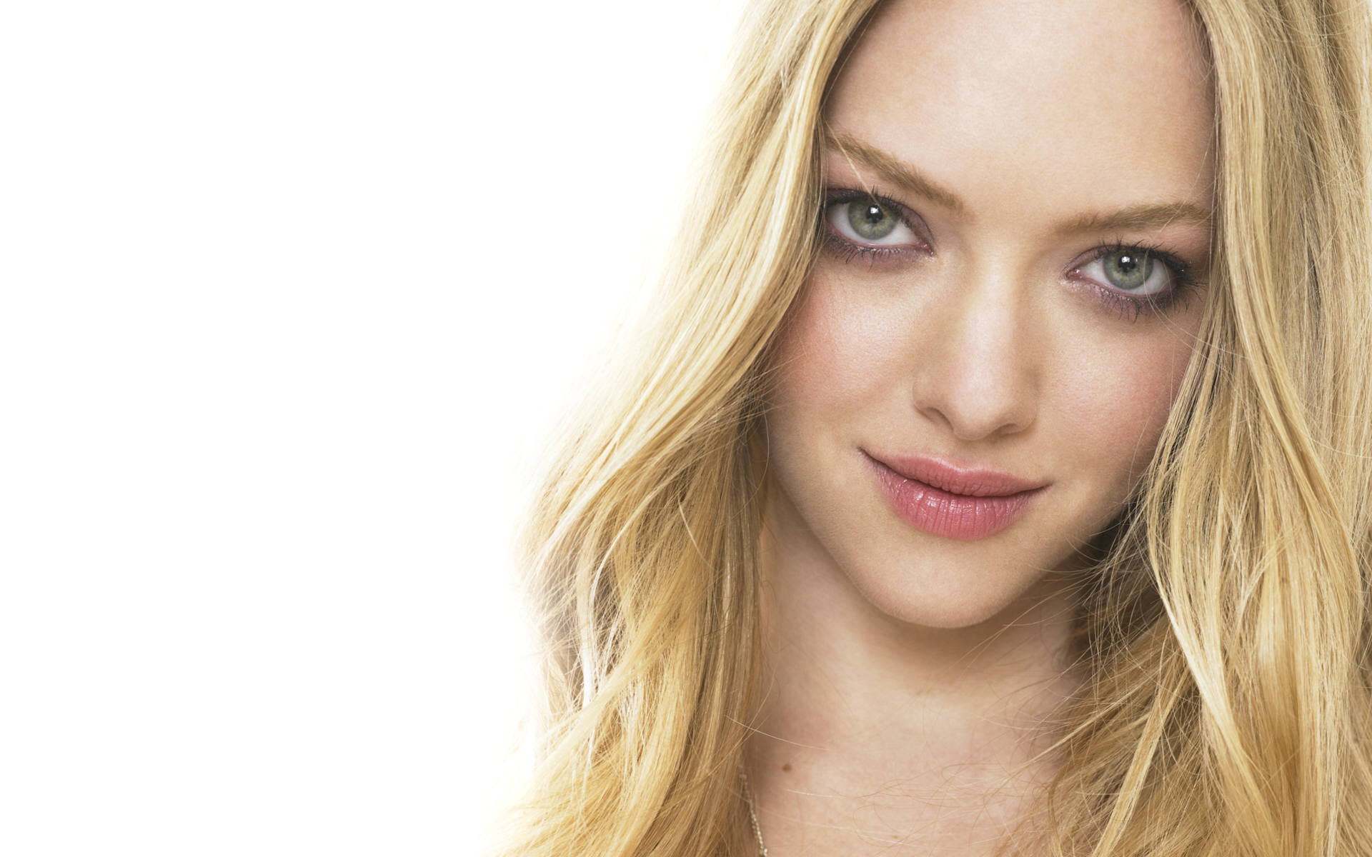 Download Hollywood Girl Wallpaper 45   Wallpaper For your 1920x1200