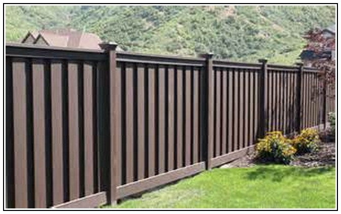 Brown Vinyl Fencing Related To Brown Vinyl Fence Panels 3 On Home 672x422