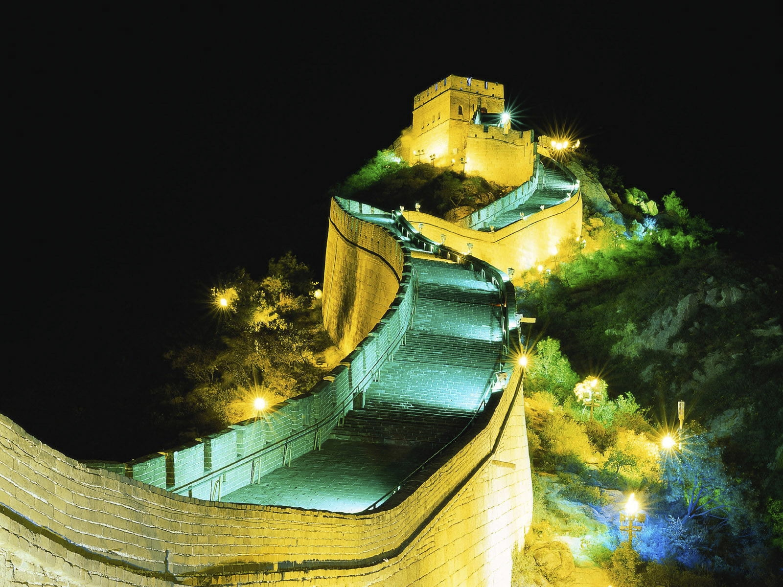 Great Wall of China during night time HD wallpaper Wallpaper Flare 1600x1200