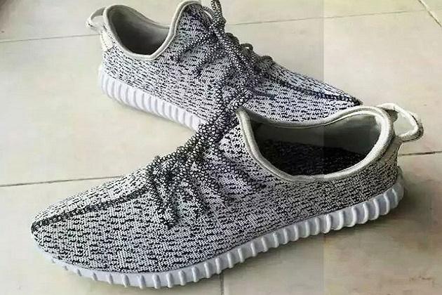 adidas yeezy 350 boost grey white low 1 630x420
