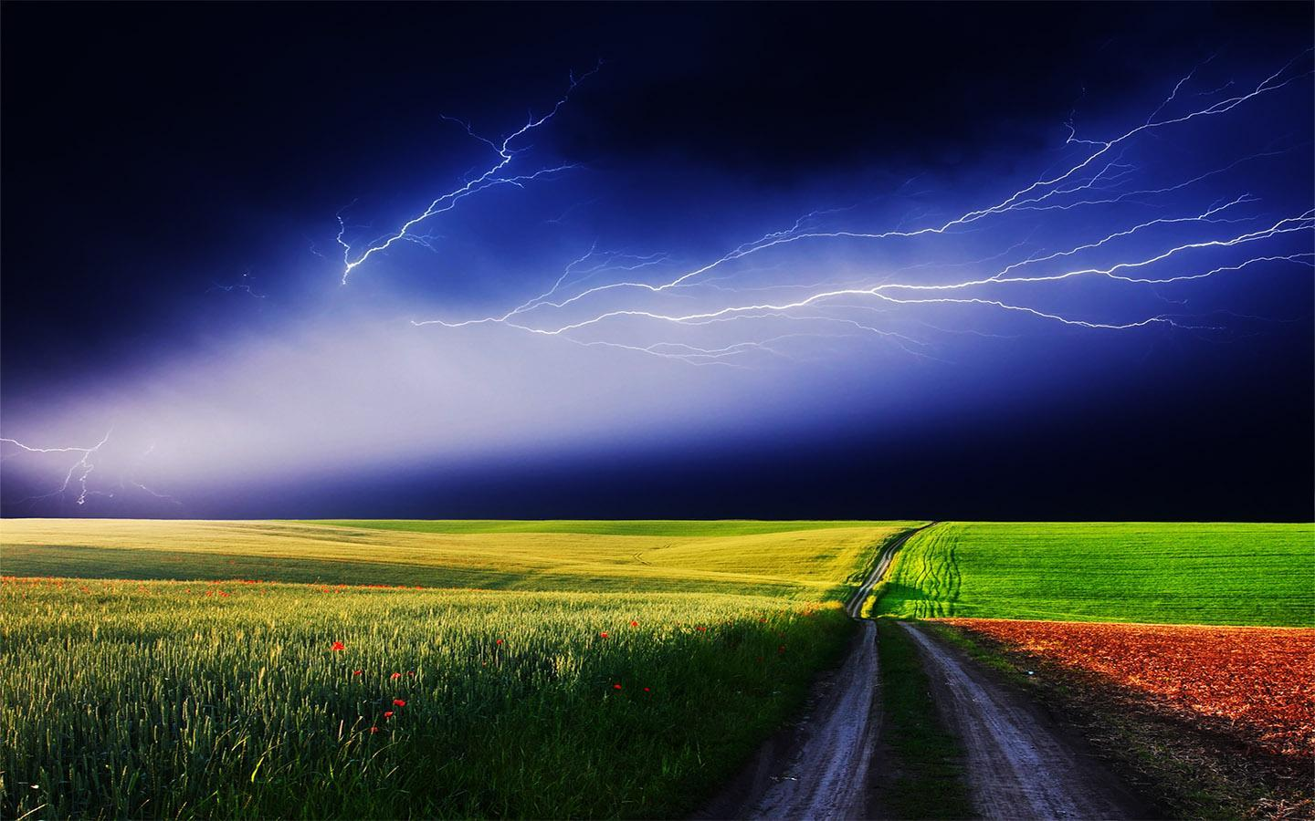 Thunderstorm HD wallpaper for Android   APK Download 1440x900