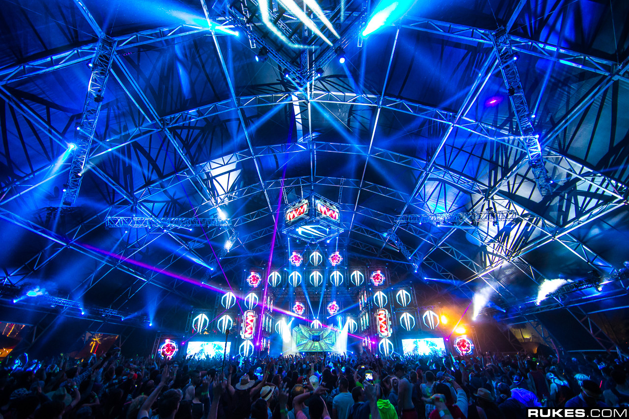 45 Edm Festival Wallpaper On Wallpapersafari