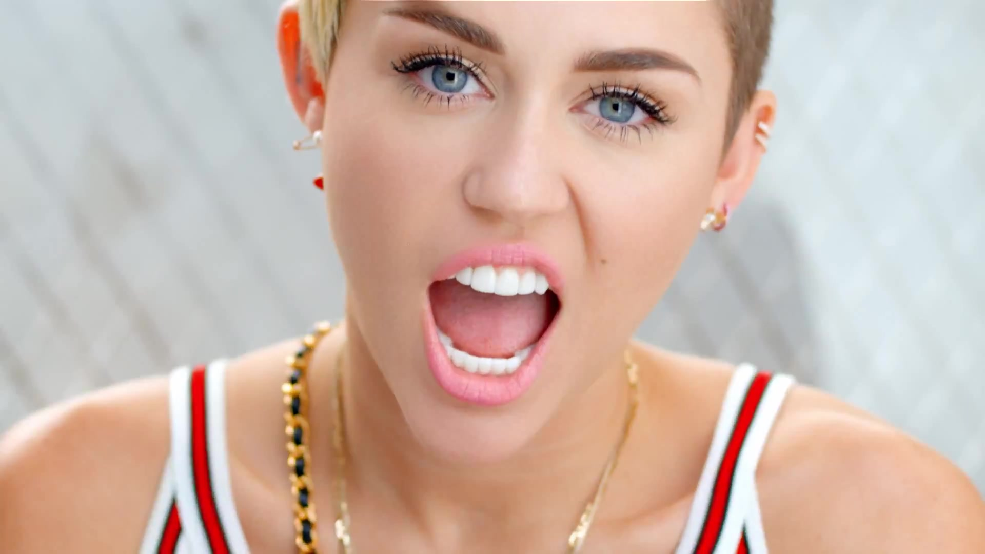 Download bangerz hd miley cyrus background HD wallpaper 1920x1080